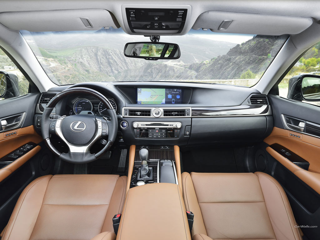 Lexus GS 300h – tylko ta moc…