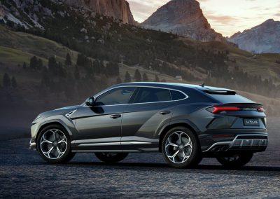 Lamborghini-Urus-2019-1024-07-1