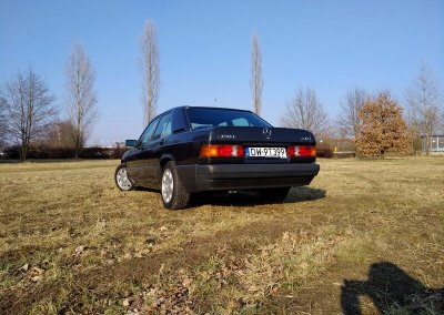 Mercedes-08